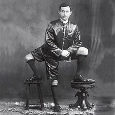 10 Unforgettable Photos of Real Circus Freaks!!
