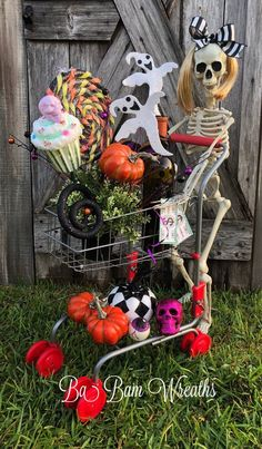 Halloween Centerpiece, Halloween Sign, Halloween Decor, Halloween Arrangement Mrs Bones is having too much FUN this Halloween season~ as seen here ready to go shopping ya know! It's FUN HUN and it's what's happening! Sure to tickle your funny bone! Features~ a bottle of BOOS, a Halloween