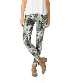 Shop Aeropostale for Guys and Girls Clothing. Browse the latest styles of tops, t shirts, hoodies, jeans, sweaters and more Aeropostale Camo Leggings, Girls Leggings, Camo Outfits, Girl Outfits, Aeropostale Outfits, Comfy Shoes, Guys And Girls, Feminine Style, Clothing Items