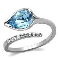 PR8023ZOC Prsteň z chirurgickej ocele s modrým zirkónom Nádherný oceľový  prsteň s modrým zirkónom v tvare. SwarovskiKryštályPrstene 56a8b89265e