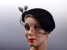 1950's Cocktail Hat Fascinator With Veil and Black White