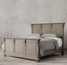 St. James Panel Bed With Footboard