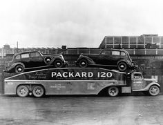 Vintage shots from days gone by! Antique Trucks, Vintage Trucks, Antique Cars, Toy Hauler Trailers, Car Trailer, Cool Trucks, Big Trucks, Tow Truck, Semi Trucks
