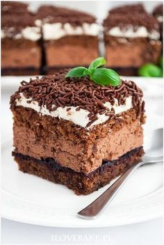 Ciasto Michałek CAKE MICHAŁEK desserts and candies (Visited 15 times, 1 visits today) Dessert Dishes, Köstliche Desserts, Sweets Recipes, Brownie Recipes, Cookie Recipes, Chocolate Dipped Fruit, Chocolate Desserts, Polish Recipes, How Sweet Eats