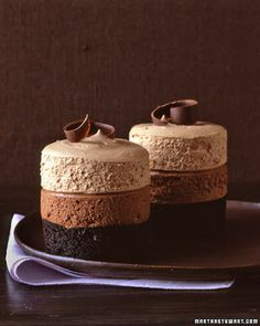 Triple-Chocolate Mousse Cake - With three shades of chocolate, these cakes are as pleasing to the eye as they are to the sweet tooth. Triple Chocolate Mousse Cake, Chocolate Desserts, Chocolate Mouse Recipe, Chocolate Angel, Choc Mousse, Chocolate Thunder, Chocolate Pudding Cake, Chocolate Espresso, Chocolate Decorations
