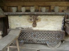 Trad Javanese storage box - especially nice one. Unfortunately NFS :/
