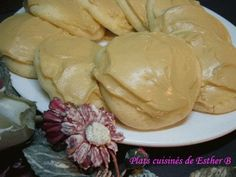 Galettes blanches glacées au sucre à la crème, Recette Ptitchef Brownie Cookies, Cookie Desserts, Fun Desserts, Biscuit Cookies, Sugar Cravings, Old Recipes, Coffee Cake, Biscuits, Esther