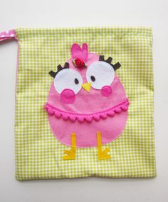 BOLSITAS PARA EL COLE - mocoloco.es Sewing Appliques, Little Bag, Kids Bags, Craft Patterns, Sewing For Kids, New Toys, Handmade Toys, Bag Accessories, Purses And Bags