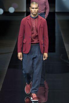 Giorgio Armani Spring 2017 Menswear Fashion Show