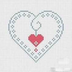 Kalp Desenli Kanaviçe Örnekleri (4)