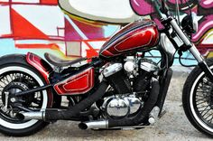 Shadow VLX 600 Bobber