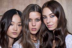 Hair Color Trends 2016 - Brunette - Boho Hairstyles - Natural Texture - London Fashion Week - ISSA SS16 – Vidal Sassoon Shade 5/1 Medium Cool Brown
