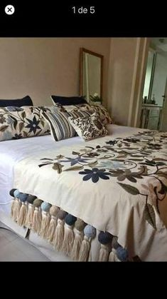 20 Color Embroidery Bed Wrap Cover and Pillow Models - Home Arragement Bed Cover Design, Cushion Cover Designs, Home Decor Furniture, Diy Home Decor, Draps Design, Bed Wrap, Designer Bed Sheets, Living Room Decor, Bedroom Decor