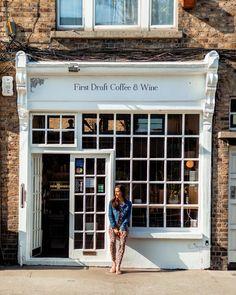 #dublinireland #coffee #coffeeshop #irelandtravel #sun Dublin Ireland, Ireland Travel, Coffee Wine, Coffee Shop, Around The Worlds, Sun, Photo And Video, Outdoor Decor, Instagram