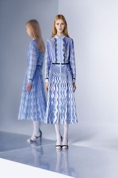 Wave of Illusion White Dress with Blue - Mary Katrantzou Pre-Fall 2016 Collection Photos - Vogue