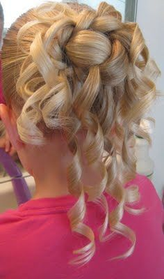"""I'm Becky – """"The Mom @ Babes in Hairland"""" and I have 3 beautiful daughters – we call them Goose, Bug & Bee. Over 3 years ago I was looking for more fun things to do with their hair but couldn't find a whole lot online in the way of little girl styles. If I …"""
