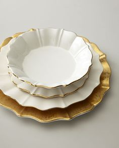Beautiful Charger Plates. Formal dining room