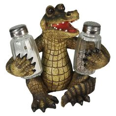 Alligator Glass Salt & Pepper Shakers – Baubles-N-Bling