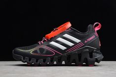 Adidas Shoes OFF! 2020 Special Offer New Arrival Women S Adidas Terrex Black Pink White For Perfectkicks Adidas Models, Adidas Men, New Adidas Shoes, Adidas Sneakers, Jordan 13 Black, Fashion Shoes, Fashion Outfits, Pink White, Air Jordans
