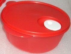 Tupperware Crystal Wave Microwave Bowl 8.5 Cups Red Tupperware http://www.amazon.com/dp/B009BIMK5U/ref=cm_sw_r_pi_dp_0Y6Ywb01ZV1YC