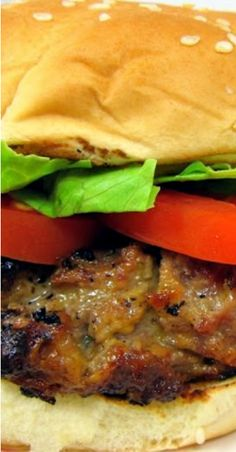 Crack Burger – burgers loaded with cheddar, bacon, and ranch! Our all-time favorite burger! Burger And Fries, Beef Burgers, Veggie Burgers, Onion Burger, Gourmet Burgers, Hamburgers, Cheeseburgers, Grilling Recipes, Cooking Recipes