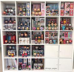 My Funko pop bookshelf Funko Pop Shelves, Funko Pop Display, Disney Themed Bedrooms, Disney Rooms, 17 Kpop, Marvel Room, Pop Figurine, Disney Pop, Game Room Design