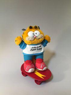 ffd0447920d 79 Best Garfield images