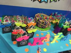 Goody bags were stuffed with brite gummy worms and laffy taffy. I ordered neon shutter shades, neon crazy straws and glow sticks as well. Birthday Favors Girls, Disco Birthday Party, Neon Birthday, 90th Birthday Parties, Disco Party, 13th Birthday, Birthday Ideas, Roller Skating Party, Skate Party