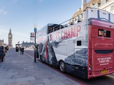 VICTORINOX // London Tourist Bus