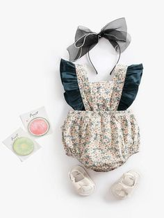 22409c79267 This vintage print and design make this my fave for spring! The bow on back