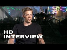 Interview with Jake Abel (Luke Castellan). Jake is the most perfect Luke Castellan there is. I love how he smirks when he says that he led some demigods over to the dark side. Luke Castellan, Jake Abel, Sea Of Monsters, He Said That, Rick Riordan, First Girl, Percy Jackson, On Set, I Love Him