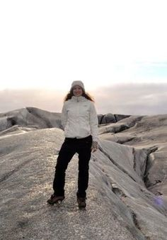 Useful post on what to pack when travelling to Iceland from @monicastott | Svava Sparey Yoga Holidays #iceland