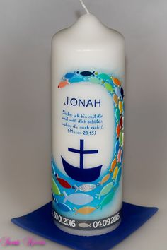 This maritime christening candle is decorated with a colorful school of fish. The colors . This maritime christening candle is decorated with a colorful school of fish. The colors … This m Flowers Wallpaper, Date Squares, Date Bars, Health Words, Hand Drawn Flowers, Candle Stand, Colorful Fish, Floral Wedding Invitations, Gifts For Mum