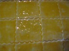 Slané jednohubky (fotorecept) - obrázok 3 Ice Cream, Desserts, Food, Basket, No Churn Ice Cream, Tailgate Desserts, Deserts, Icecream Craft, Essen