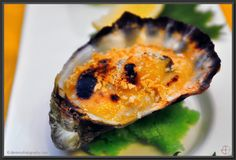 grilled oysters w/ garlic & miso paste! Grilled Oysters, Oyster Recipes, Foreplay, Seafood, Delish, Garlic, Grilling, Picnic, Addiction