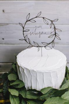 ph http://www.ilbaccellodivaniglia.com/  wedding cake topper per http://www.suzestudio.com/catalogo-wedding-2017/