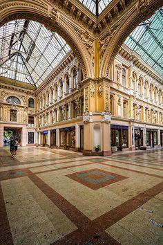 Passage couvert, Odessa, Ukraine | by Air'L
