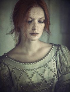 Edhilvarel by Magdalena Russocka