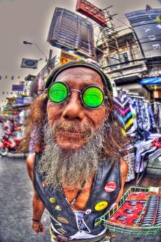 The Dude on Khaosan Rd. And a whole lot more Thailand Info @ http://islandinfokohsamui.com #Thailand #Samui #tours @islandinfosamui