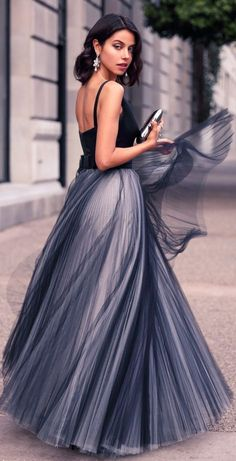 Street fashion / karen cox. SHADES OF GREY - MILLY v-neck tulle gown, asymmetry clutch / VivaLuxury