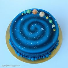 Universe cake by Cakes by Pixie Pie, via Flickr