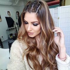 58 Fascinating Long Hairstyles for Women to go Work - My list of womens hair styles Medium Hair Styles, Curly Hair Styles, Natural Hair Styles, Festival Hair, Festival Style, Box Braids Hairstyles, Hairstyle Ideas, Hairstyles For Women, Half Braided Hairstyles