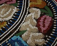 Irokesen Perlenstickerei -- indianische Dekorationen von http://www.redstar-tradingpost.com/