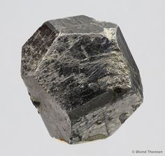 Cobaltite, CoAsS, Håkansboda, Lindesberg, Västmanland, Sweden. Size 2.6 cm. Photo Øivind Thoresen