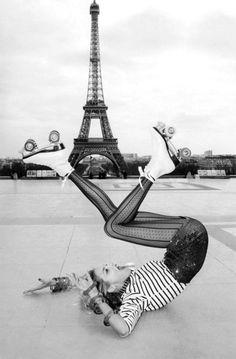 """A Toutes Jambes"" - Vogue Paris. Photo by Terry Richardson."