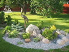 Awesome 70 Gorgeous Front Yard Rock Garden Landscaping Ideas https://crowdecor.com/70-gorgeous-front-yard-rock-garden-landscaping-ideas/