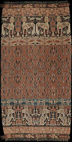 Hinggi : Ikat from East Sumba, Sumba, Indonesia