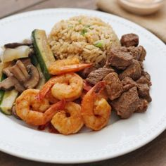 Japanese steakhouse style Hibachi Steak and Shrimp recipe made right in your own kitchen! Hibachi Steak And Shrimp Recipe, Hibachi Fried Rice, Hibachi Shrimp, Hibachi Recipes, Grilled Shrimp Recipes, Steak Recipes, Restaurant Recipes, Dinner Recipes, Fun Recipes