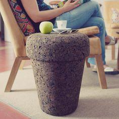 VARAS VERDES. POT - Plant on Top. Find it on unikstore.com. #unikstore #shop #portuguese #natural #design #sustainable #cork #eco