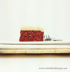 A simple and delicious Red Velvet Cake. Free from gluten, grains, dairy, egg, refined sugar and baking!! Enjoy!